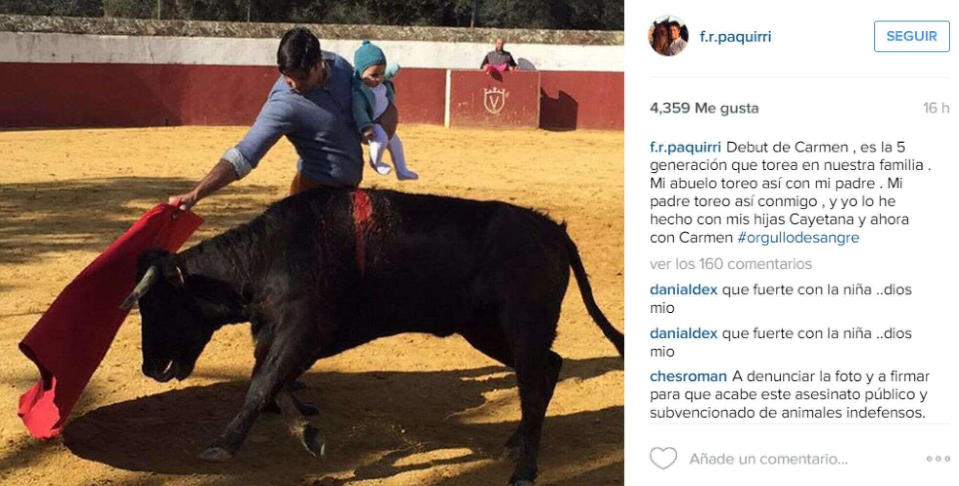 Toureiro causa revolta ao postar foto encarando touro enquanto carregava filha bebê no colo