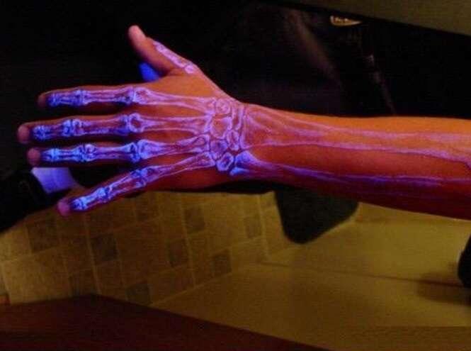 Tatuagens incríveis que brilham no escuro