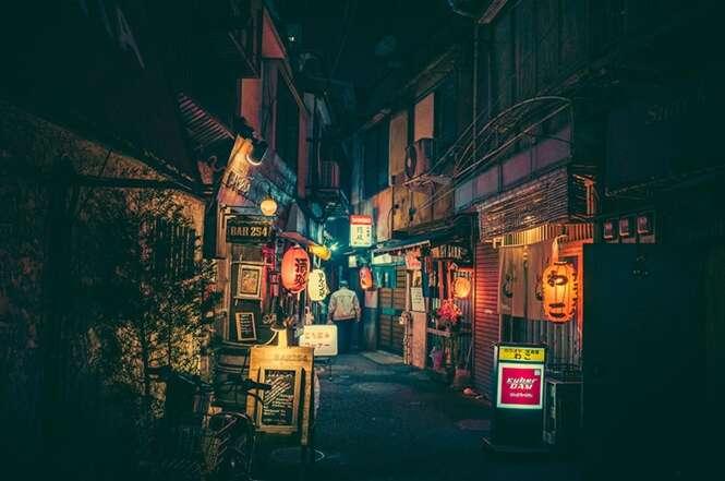 Fotógrafo registra imagens das ruas de Tóquio durante a noite