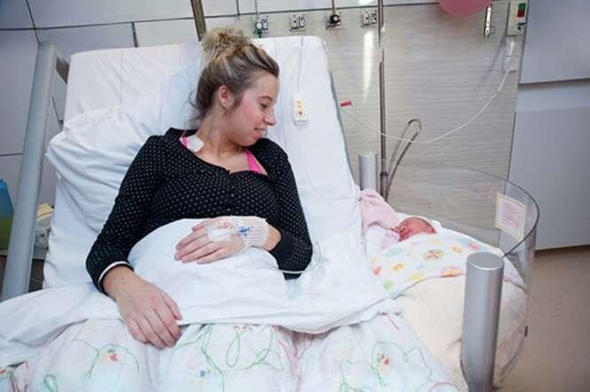 Hospital holandês revoluciona com leitos que permitem às novas mamães ficarem juntas dos filhos