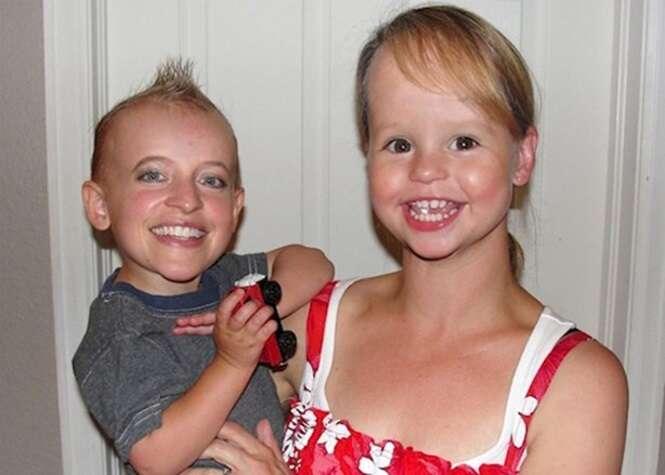 Fotos divertidas - e assustadoras - de pessoas com rostos trocados