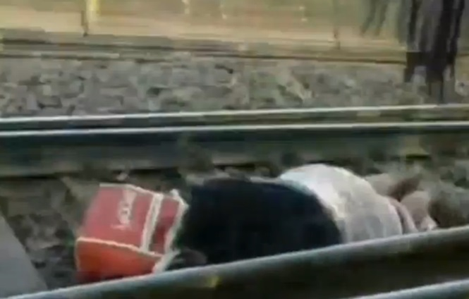 Mulher milagrosamente sobrevive ao cair em trilhos de trem antes de 56 vagões passarem por cima de seu corpo
