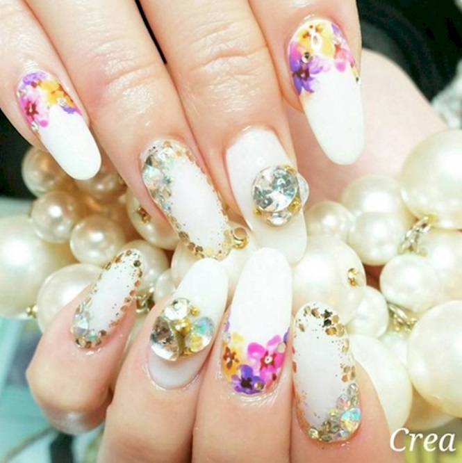 via Instagram / @nailsalon.crea