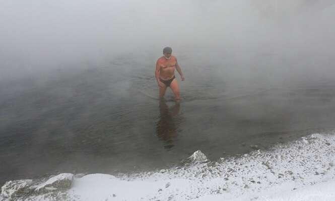 Conheça o clube de natação da Sibéria para os amantes de águas geladas