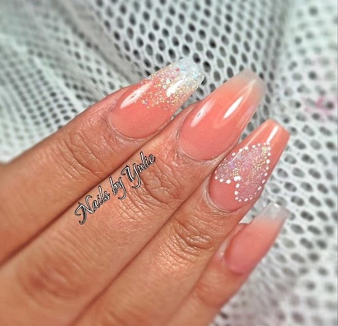 via Instagram / @nailsbyyulie