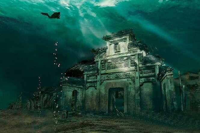 Incrível cidade construída ao longo de 1.300 anos é descoberta escondida dentro de lago na China
