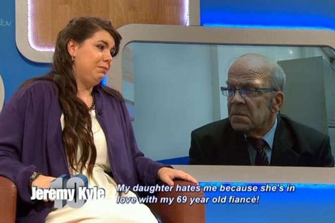 Enteada de 23 anos admite em programa de TV ter fantasias por seu padrasto