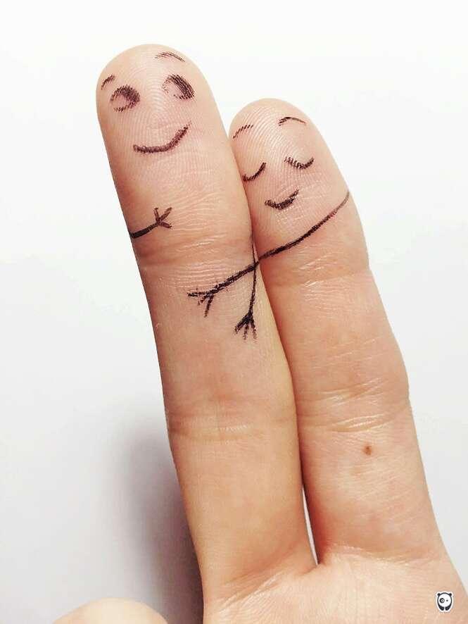Desenhos nos dedos que vão te inspirar para brincar com as crianças