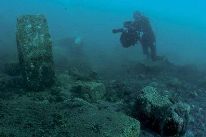 Ruínas submersas incríveis que podem ser exploradas