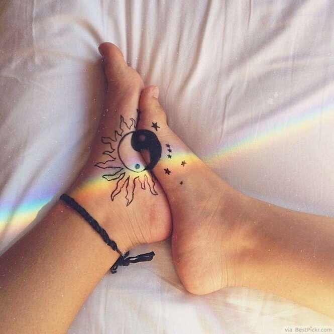 Tatuagens criativas para fazer nos pés