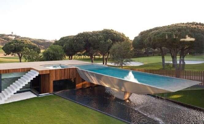 As mais incríveis piscinas suspensas do mundo