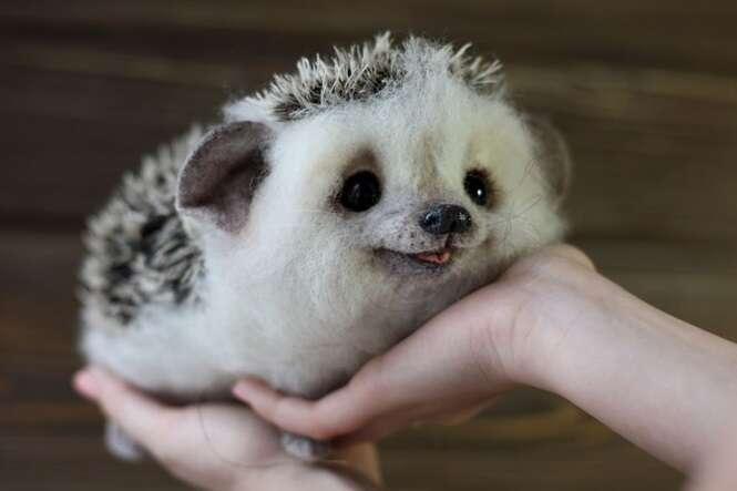 Artista cria adoráveis animais em miniatura feitos de lã