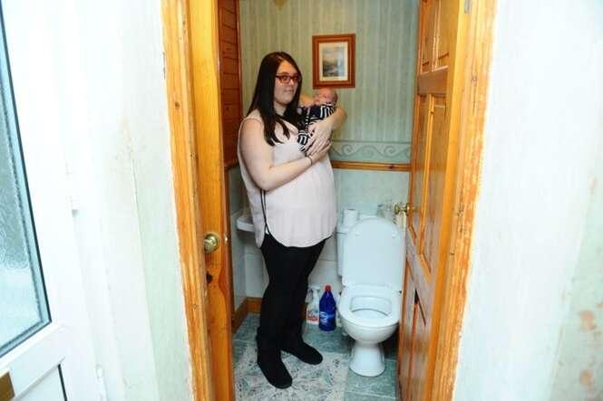 Mulher que não sabia estar grávida dá à luz no vaso sanitário