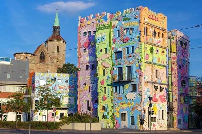 Conheça o prédio com a fachada mais divertida do mundo