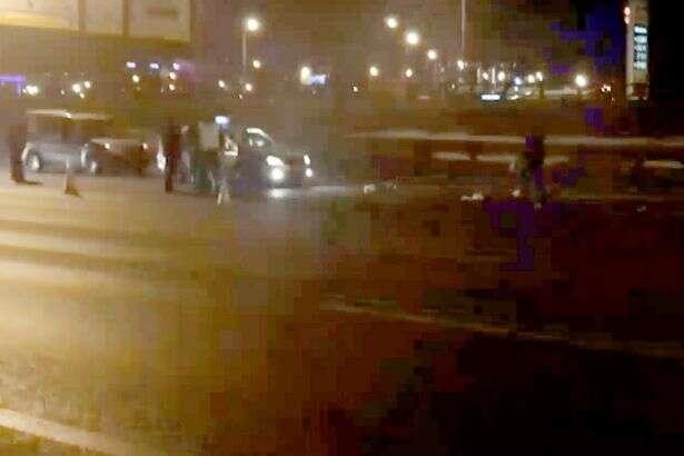 Policiais ficam chocados após mulher declarada morta em atropelamento começar a gemer e se mover