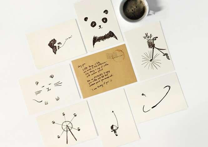 Ilustradores criam cartões postais que se completam com manchas de café
