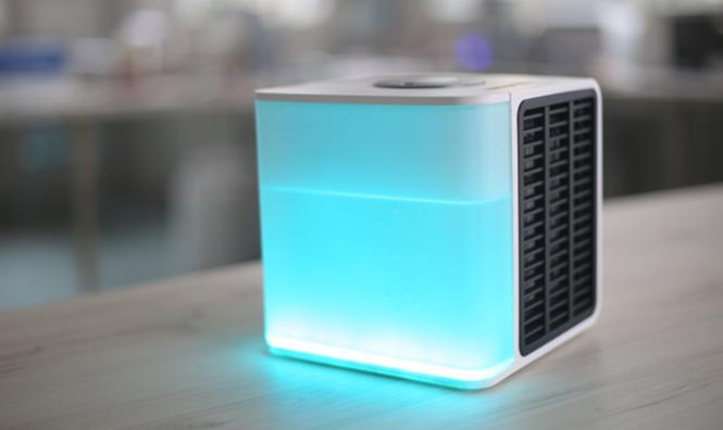Mini ar-condicionado promete acabar com o calor