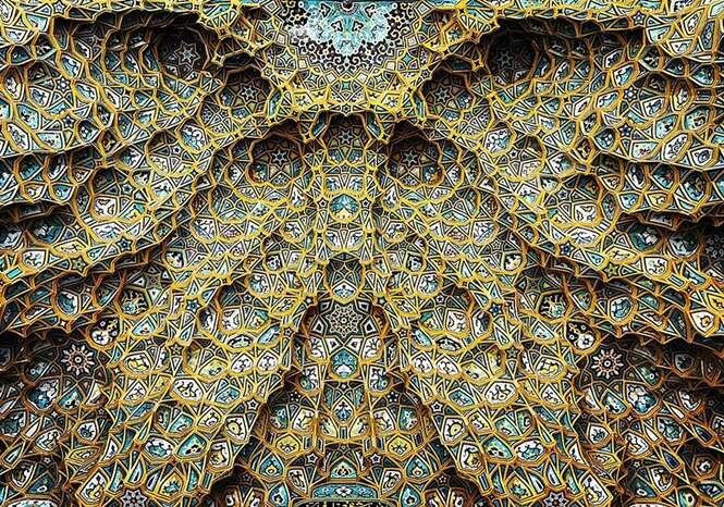 Tetos hipnotizantes de mesquitas iranianas