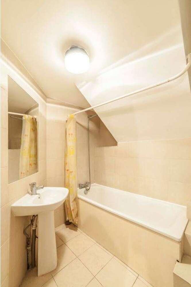 Casa na Inglaterra chama atenção por causa da posição do vaso sanitário