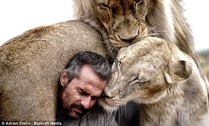 Conheça as pessoas que vivem lado a lado com os animais mais perigosos do mundo