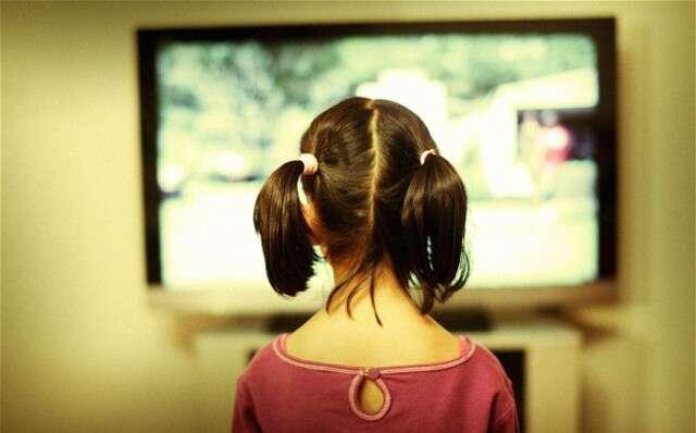 Mulher quase fica cega após passar 18 horas assistindo novela coreana
