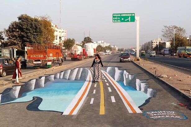 Artistas criam pintura 3D assustadora para diminuir índices de acidente em rua perigosa