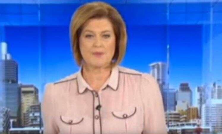 Apresentadora de TV usa blusa bizarra a fazendo parecer estar nua