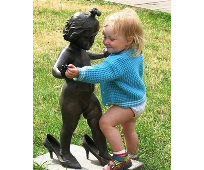 As mais engraçadas fotos de pessoas com estátuas
