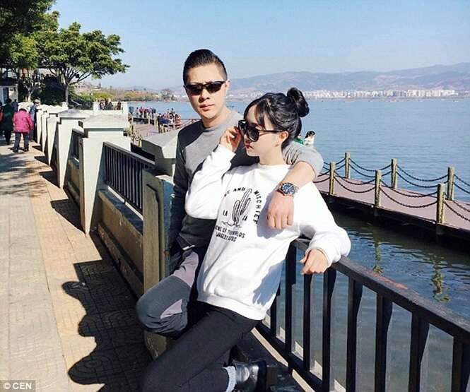 Pais de 47 anos surpreendem com aparência jovial