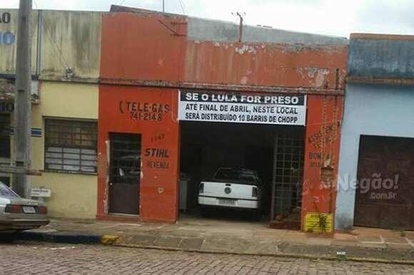 Morador de cidade no RS oferece chope grátis caso Lula seja preso