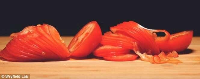 Vídeo de tomate sendo fatiados se torna sensação na internet