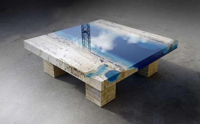 Artista cria mesas incríveis misturando resina com mármore