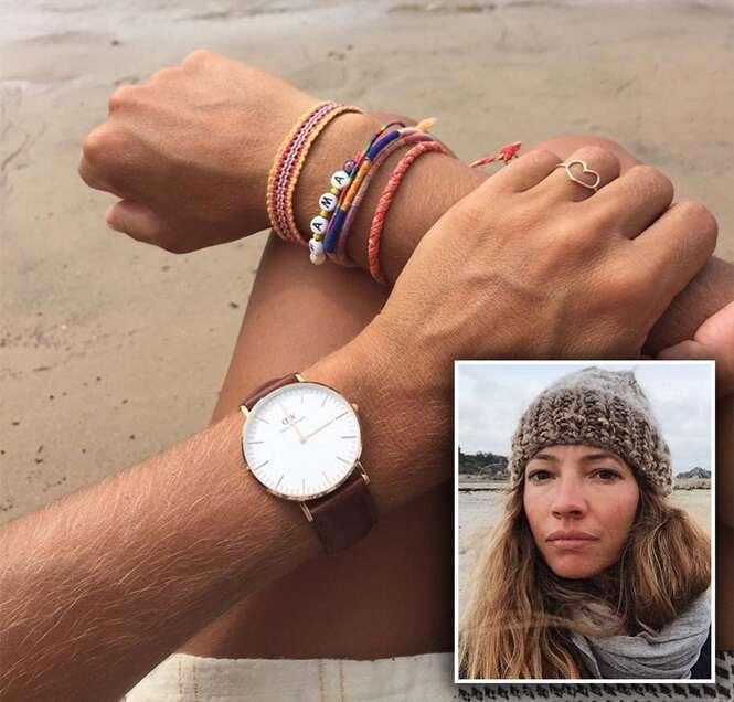 Blogueira posta foto para mostrar relógio, mas post se torna viral por causa da quantidade de pelos em seu braço