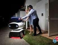Pizzaria inova com robô que faz entrega a domicílio