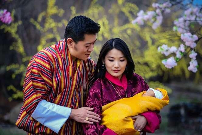 Pais comemora nascimento de novo príncipe com o plantio de 108 mil árvores