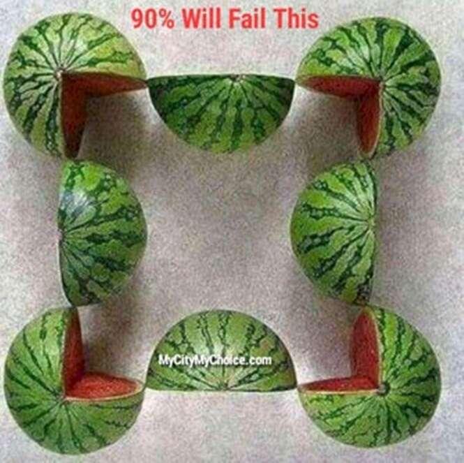 Quantas melancias completas existem nesta imagem?