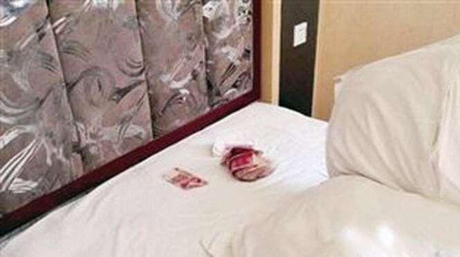 Hóspede de hotel encontra mais de 5 mil reais debaixo do travesseiro e fica furioso