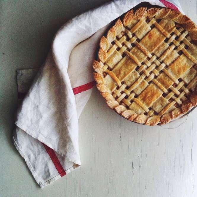 24 belas fotos de alimentos que v o fazer voc ter d em for Apple pie decoration