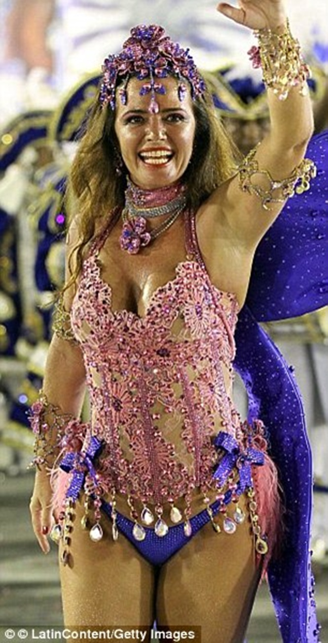 Ele já foi casado com a ex-capa da Playboy Luma de Oliveira