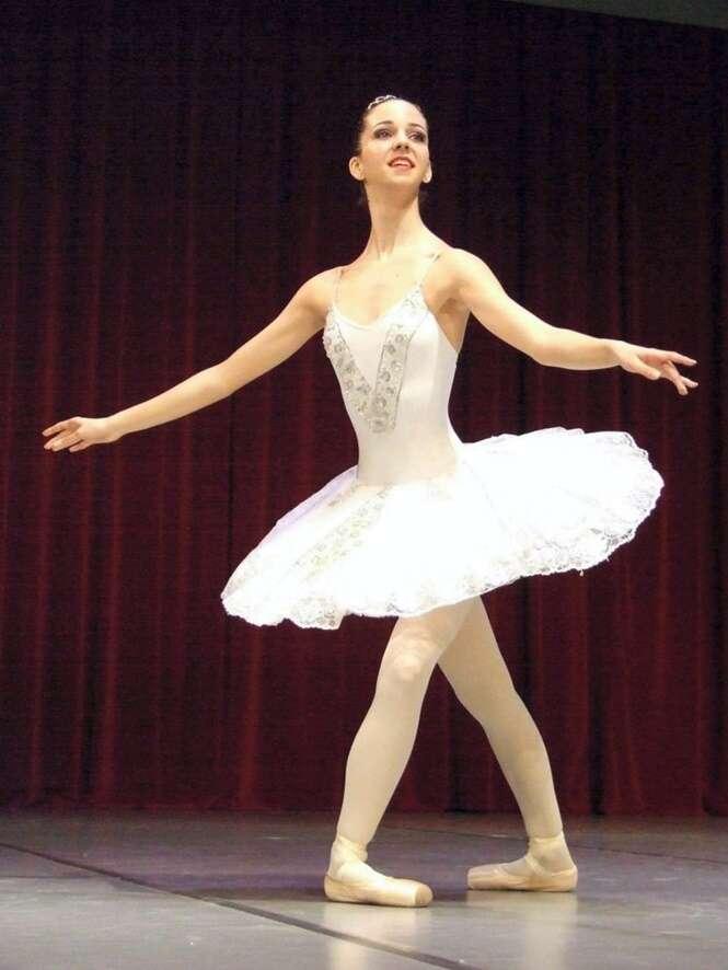 Bailarina de 17 anos morre após tomar pílula anticoncepcional