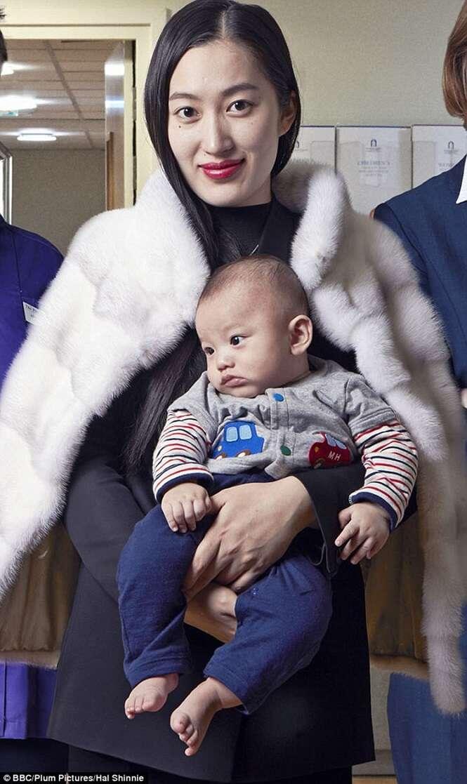 Designer de moda gasta fortuna para dar à luz na mais chique maternidade da Grã-Bretanha