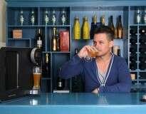 Empresa projeta máquina automática para fabricar cerveja em casa