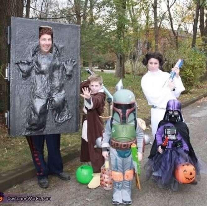 Famílias que fazem sucesso nas festas à fantasia