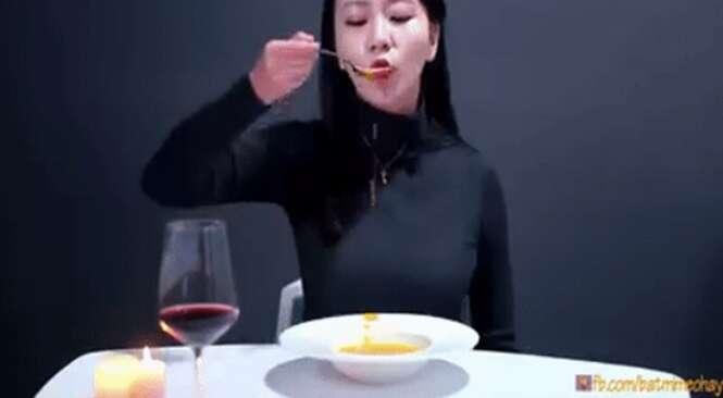 Vietnamita ensina a melhor forma de tomar sopa