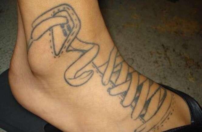 Tatuagens curiosas para os pés
