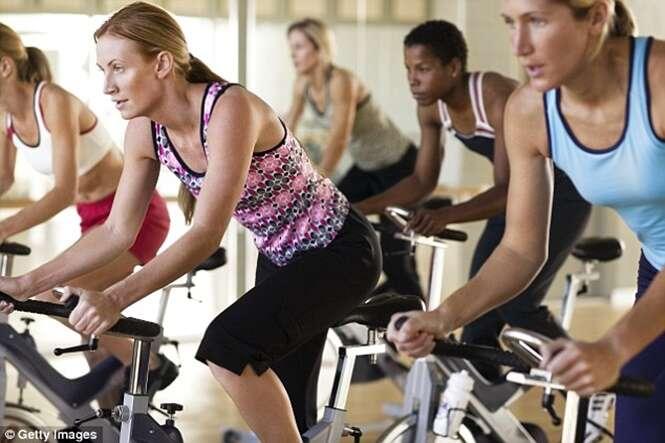 Treinos curtos e intensos produzem efeitos semelhantes a exercícios moderados de maior duração