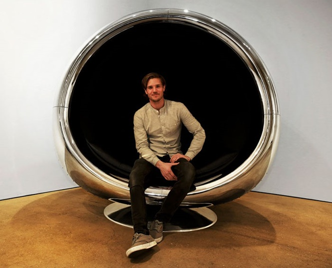 Que tal uma cadeira feita com turbina de avião?