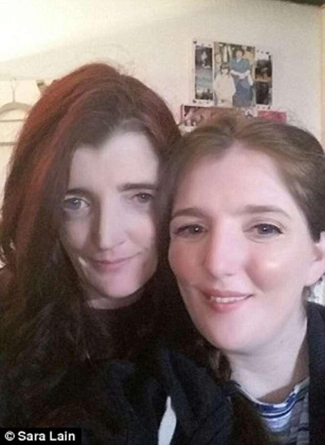 Foto: Elizabeth com sua mãe.