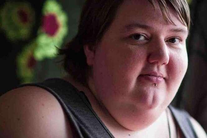 Obesa que está pedindo ajuda dinheiro para realizar cirurgia cara causa polêmica ao realizar cruzeiro de luxo