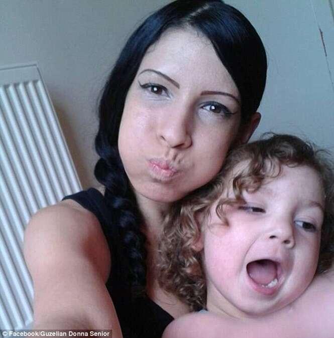 Mulher abusada pelo pai de suas filhas mata as crianças